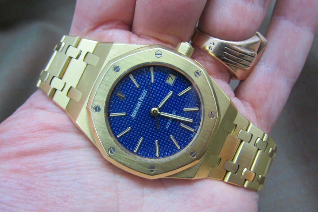 yellow gold 14790 Yves Klein super rare